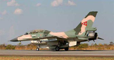 F-16B F-16 B fighting Falcon
